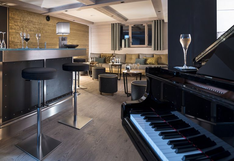 Piano bar - Les Suites du Roc des Tours | MGM