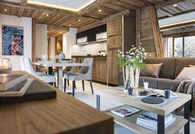 Cosmo Jazz stay | Le Cristal de Jade living room - Chamonix | MGM Hotels & Residences