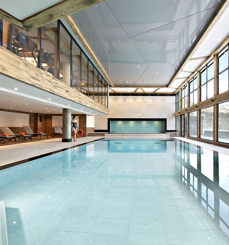 heated infinity pool. - Chalets Éléna - Les Houches | MGM Hôtels & Résidences