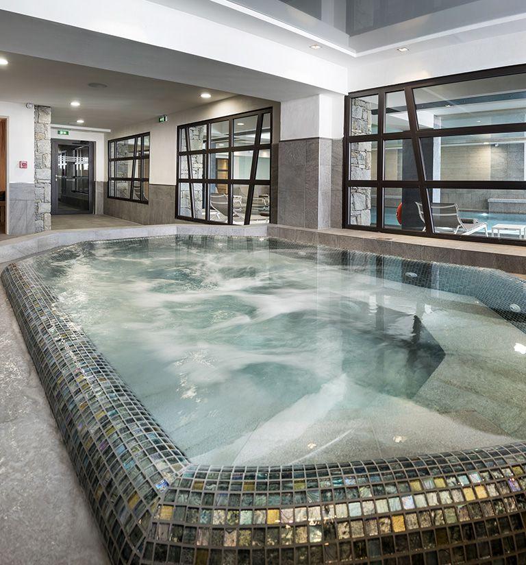 Hot tub - Le Roc des tours - Le Grand-Bornand | MGM