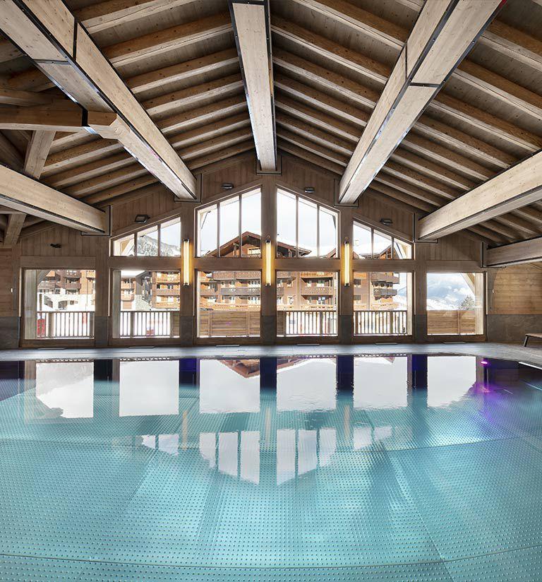 Overflow swimming pool - Résidence Amaya - Les Saisies | MGM Hôtels & Résidences