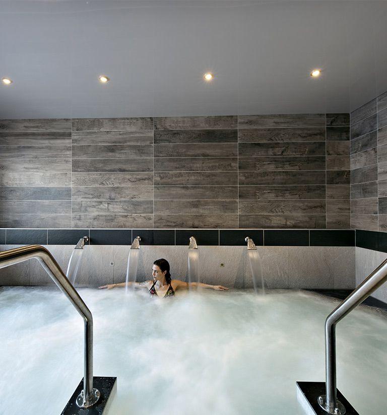 Bains bouillonnants - Chalets Éléna - Les Houches | MGM Hôtels & Résidences