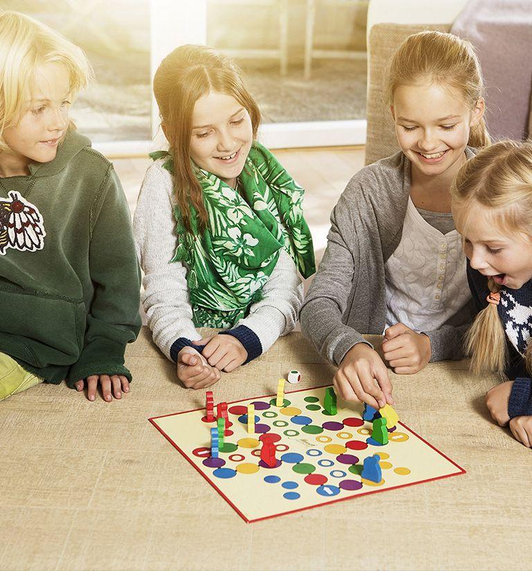 Games in family  - Cristal de Jade***** - Chamonix | MGM